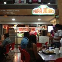 Photo taken at Papa John's by Xio A. on 7/15/2013