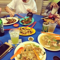 Photo taken at Boon Lay Place Market & Food Centre by Siew L. on 7/11/2013
