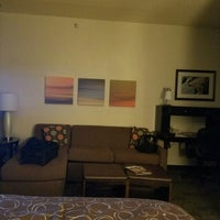 Photo taken at Staybridge Suites Chicago-Oakbrook Terrace by Macajuel on 7/19/2016