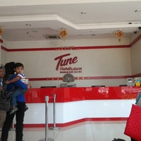 Photo taken at Tune Hotels by Aizat A. on 11/7/2012
