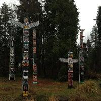 Photo taken at Totem Poles in Stanley Park by Leonardo Tiberius ⛵ on 12/28/2012