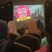 Photo taken at Lembaga Hasil Dalam Negeri (LHDN) by aymameera on 11/28/2016