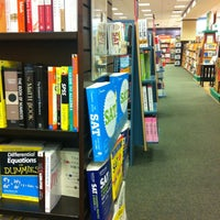 Photo taken at Barnes & Noble by Pachi C. on 7/17/2013