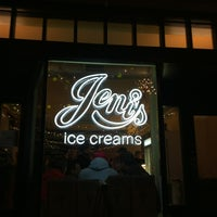 Photo taken at Jeni's Splendid Ice Creams by Pachi C. on 3/10/2013