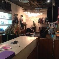 Photo taken at Salon Urbano Patrice Studio XP by Agenda P. on 2/5/2014