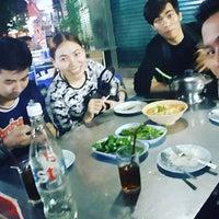 Photo taken at คนเมืองลพ ครัวเมืองลิง by Salisa N. on 11/23/2016