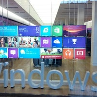 Photo taken at Microsoft Store by David J. on 10/28/2012