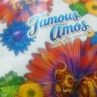 Photo taken at Famous Amos by Shirley T. on 5/11/2013