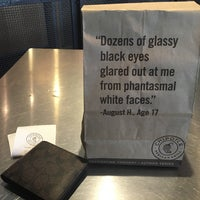 Photo taken at Chipotle Mexican Grill by Toeyz H. on 7/12/2016
