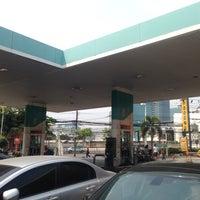 Photo taken at Petronas by thummanoon k. on 2/28/2014