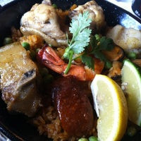 Photo taken at Restaurante Pia y Damaso by Ana B. on 5/16/2013