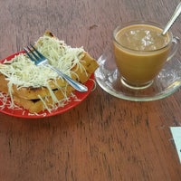 Photo taken at Rumah Kopi Billy by poetry a. on 2/12/2016