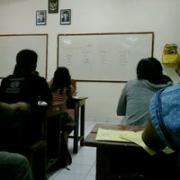 Photo taken at Fakultas Ekonomi by Ayu diah T. on 2/19/2013