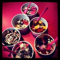 Photo taken at Chilly Billy's Frozen Yogurt by Melba M. on 9/17/2013