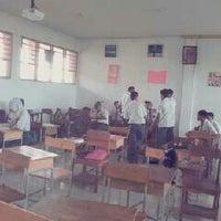 Photo taken at SMA Negeri 21 Makassar by Kevin T. on 3/5/2013