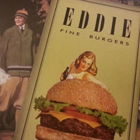 Photo taken at Eddie Fine Burgers by Luiz H B S. on 3/20/2013