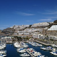 Photo taken at Marina Suites Gran Canaria by Сергей on 3/21/2013
