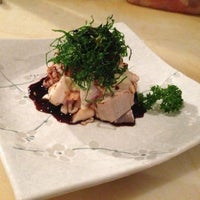 Photo taken at Restaurante Sushi Tori | 鳥 by Claudio K. on 7/4/2013