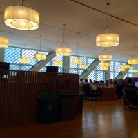Photo taken at Science & Engineering Library by Joyce Z. on 5/10/2015