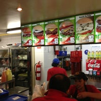 Photo taken at Hamburguesas Verde & Carbon by Vespaman Q. on 7/19/2013