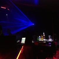 Photo taken at Liquid by Ricardo M. on 3/31/2013
