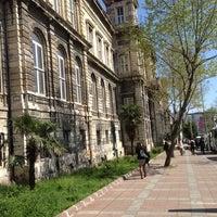 Photo taken at İstanbul Teknik Üniversitesi by Gözde B. on 4/12/2013
