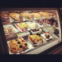 Photo taken at La Grande Orange Grocery & Pizzeria by Justin Eats on 12/11/2012
