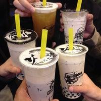Photo taken at Kung Fu Tea 功夫茶 by Darwin D. on 4/21/2013