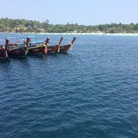 Photo taken at ท่าเทียบเรือหน้าเกาะหลีเป๊ะ by Singh_lek on 4/1/2016