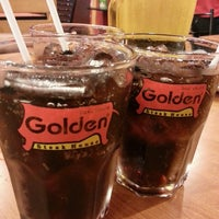 Photo taken at Golden Grill by Wareeroi K. on 10/27/2013
