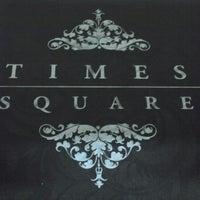 Foto tirada no(a) Times Square por Gabriel H. em 3/5/2013