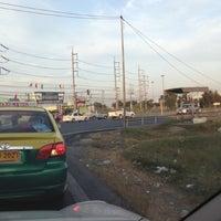 Photo taken at ถนนคลอง4ลำลูกกา by Thanpisit Y. on 12/31/2012