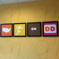 Photo taken at Dunkin' Donuts by André P. on 7/13/2013