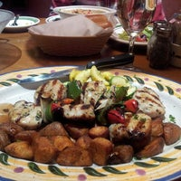 Photo taken at Olive Garden by Aesha I. on 3/3/2013