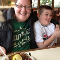 Photo taken at Pizza Hut by Marianne S. on 3/7/2013