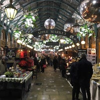 Photo taken at Covent Garden by Tariq H. on 12/1/2016