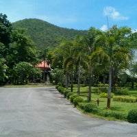 Photo taken at Patchvarin resort by Nop D. on 5/21/2011
