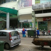 Photo taken at Jitra Mall by Myra Y. on 12/24/2011