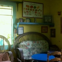 Photo taken at The Tomato Place by Kimberly R. on 7/31/2011