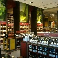 Foto tomada en El Mundo del Vino por Roberto C. el 2/16/2012