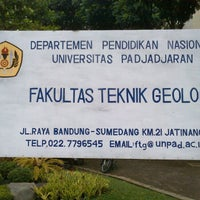 Photo taken at Fakultas Teknik Geologi by ilham n. on 6/8/2012