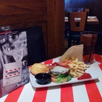 Photo taken at TGI Fridays by James D. on 11/1/2014
