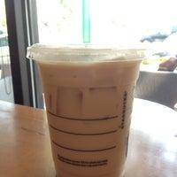 Photo taken at Starbucks by Cuentamesister on 7/5/2013