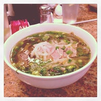 Photo taken at Phở 88 Vietnamese Restaurant by Luis on 7/2/2013