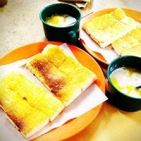 Photo taken at Joo Leong Cafe (裕隆茶室) by Peranakan F. on 5/22/2013