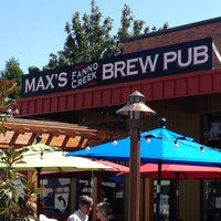 Photo taken at Max's Fanno Creek Brew Pub by Andrew R. on 8/17/2014