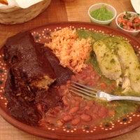 Photo taken at El Huarache Loco by Colum S. on 9/29/2013