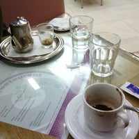 Photo taken at O Globe Coffee by Mohammed E. on 3/18/2013