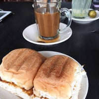 Photo taken at Kemaman Kopitiam by Ariffin A. on 3/29/2015
