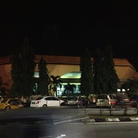 Photo taken at Masjid Nasiruddin Shah by Kairo I. on 7/12/2013